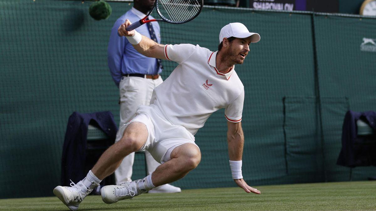 Andy Murray lors du 3e tour de Wimbeldon contre Denis Shapovalov, le 2 juillet 2021