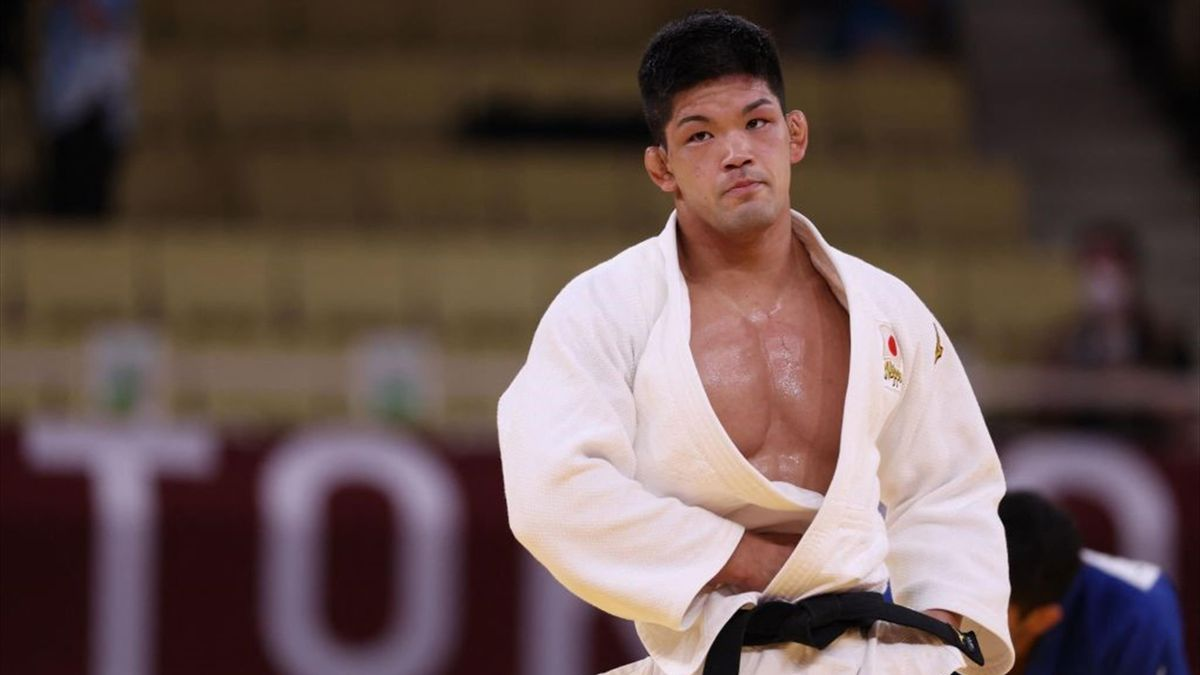'He's done it!' - Ono wins judo gold for Japan in thrilling finale
