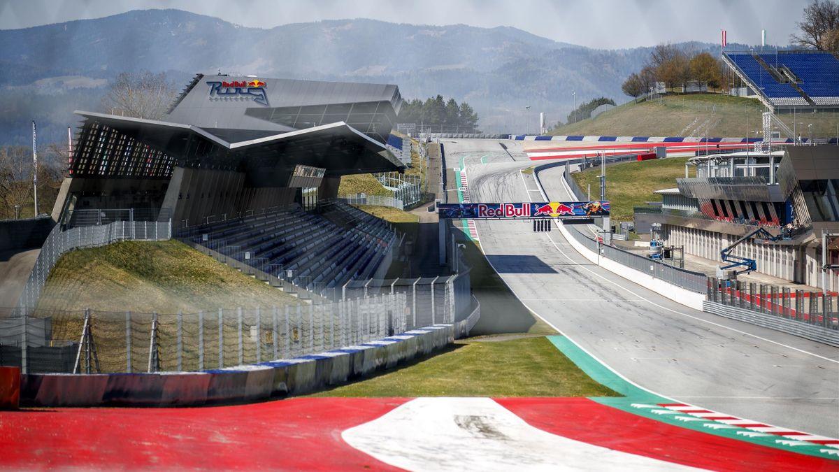 Noch ruht der Red-Bull-Ring in Spielberg, im Juli könnten hier aber trotz Coronakrise tatsächlich Formel-1-Motoren dröhnen. Die Tribünen werden aber leer bleiben