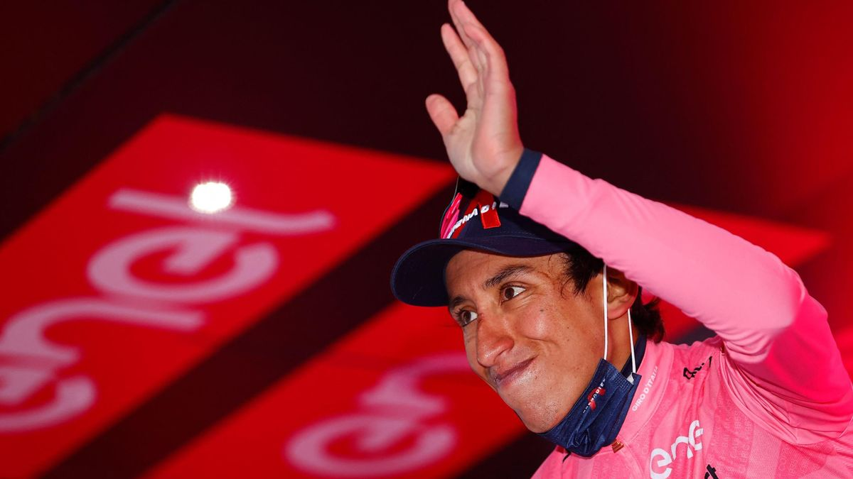Egan Bernal führt beim Giro d'Italia