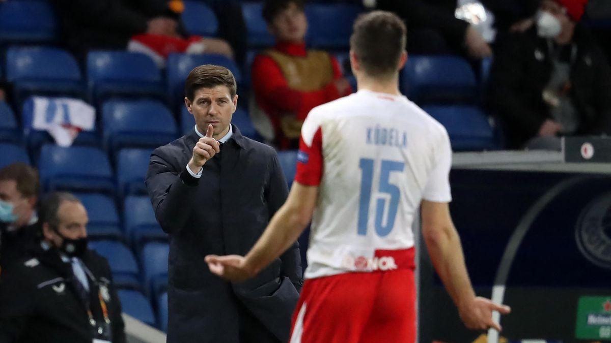 Slavias Ondrej Kudela (rechts) im Spiel gegen die Glasgow Rangers