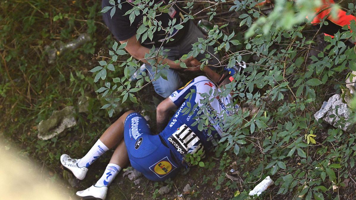 Remco Evenepoel dopo la caduta