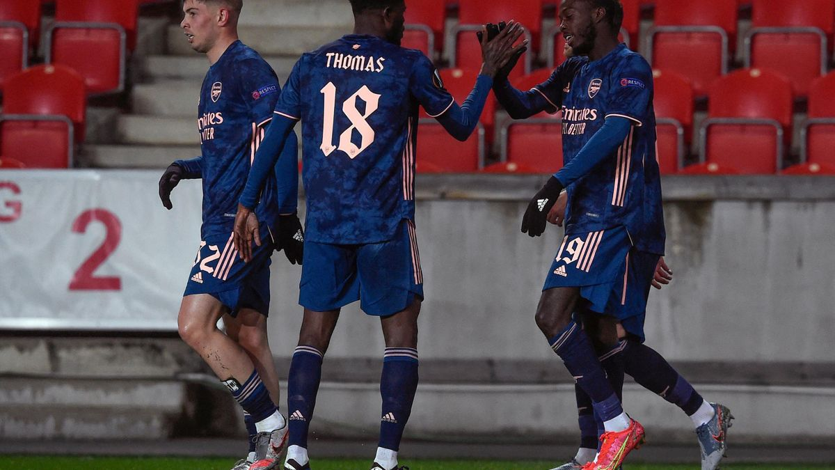 Arsenal (Nicolas Pépé and Thomas Partey) against Slavia Prague