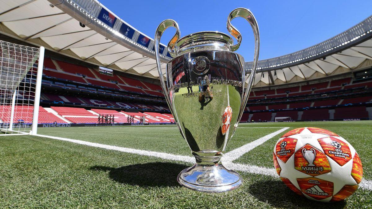 Le trophée de la Ligue des champions au Wanda Metropolitano
