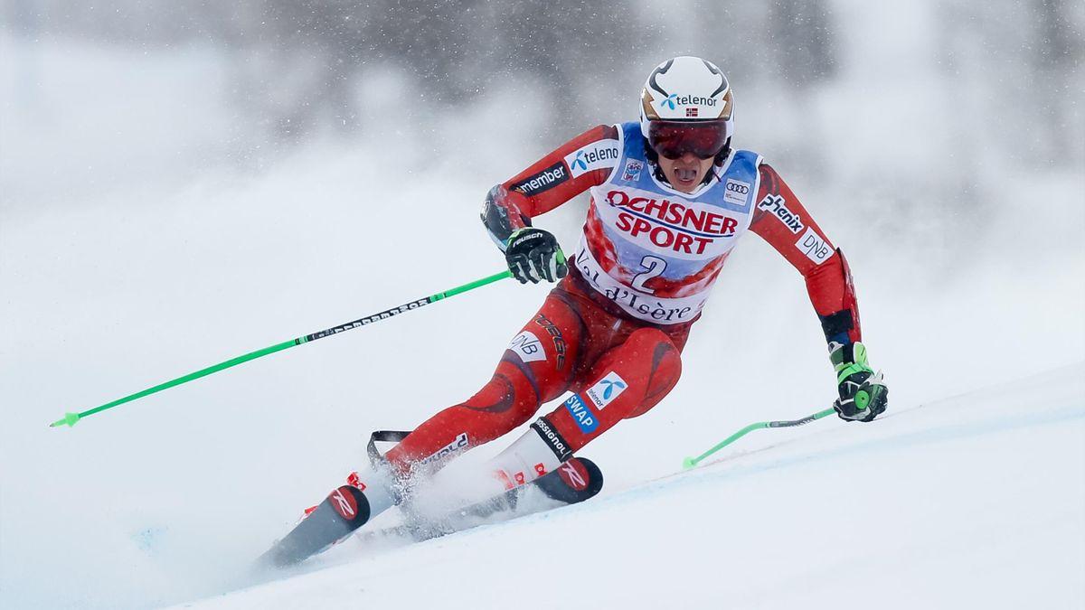 Henrik Kristoffersen of Norway in action during the Audi FIS Alpine Ski World Cup Men's Giant Slalom on December 9, 2017