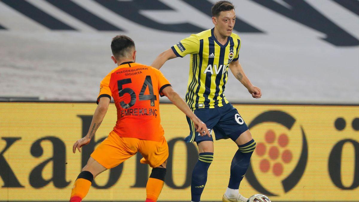 Fenerbahces Mesut Özil im Spiel gegen Galatasaray