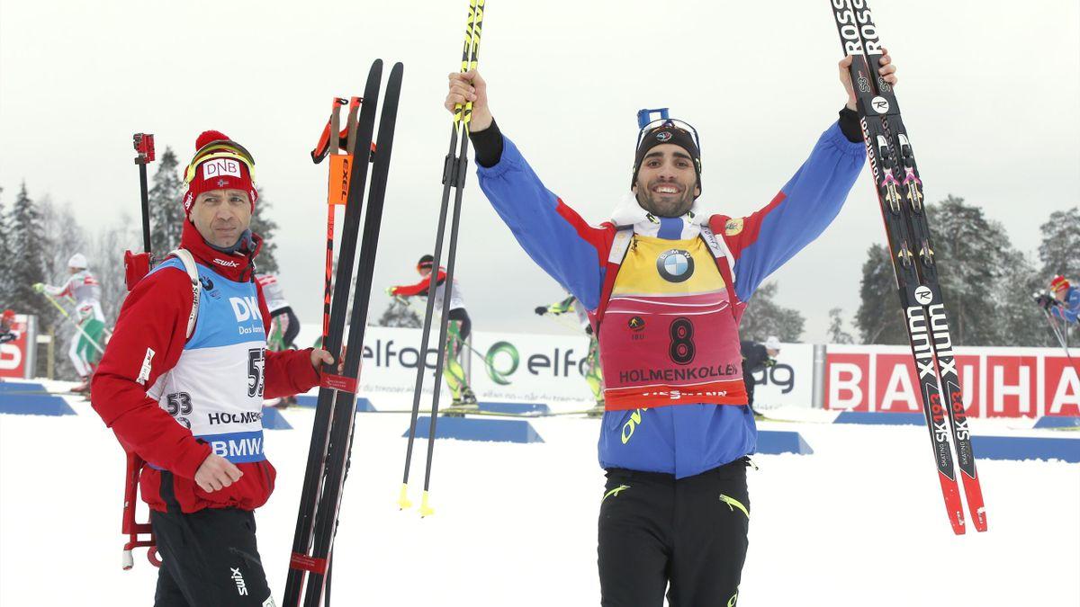 Ole Einar Bjørndalen sikret seg sin 41. VM-medalje i skiskyting med sølv på sprinten i Holmenkollen lørdag. Gullgrossisten Martin Fourcade (th) vant 10 km.