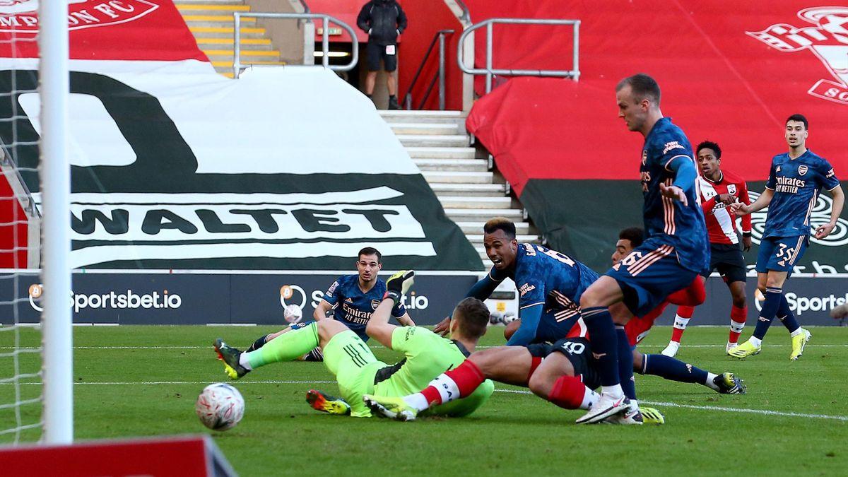 Ein Eigentor entschied das FA-Cup-Spiel zwischen dem FC Southampton und dem FC Arsenal