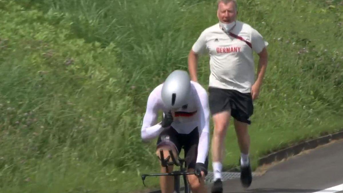 Patrick Moster hinter Nikias Arndt - Olympia 2021