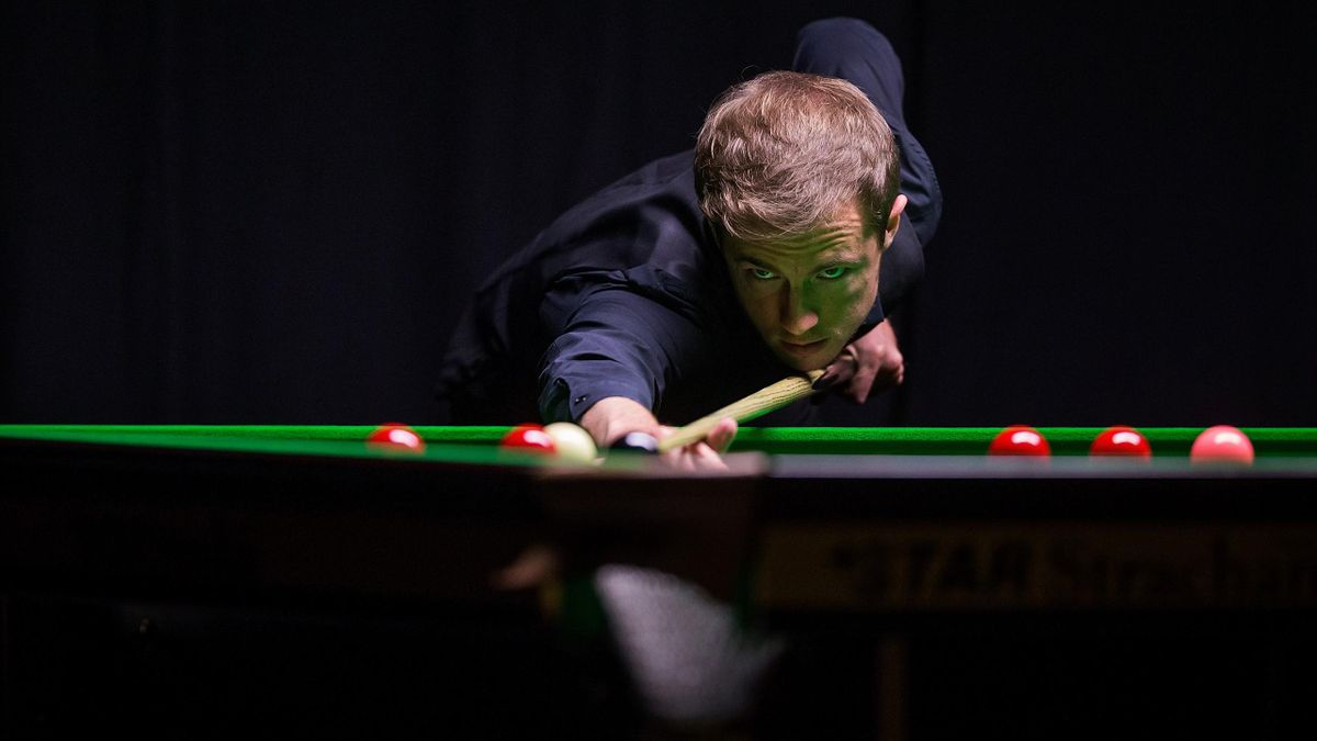Jack Lisowski in action