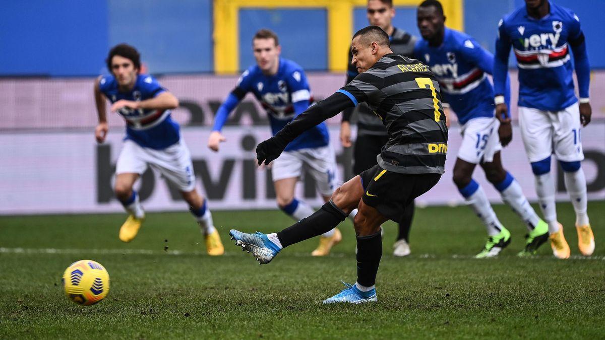 Alexis Sanchez fallisce il rigore in Sampdoria-Inter, Serie A 2020-21, Getty Images