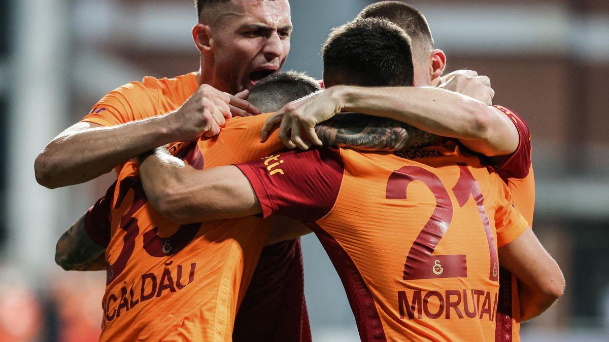 Moruțan a debutat pentru Galatasaray cu o pasă de gol