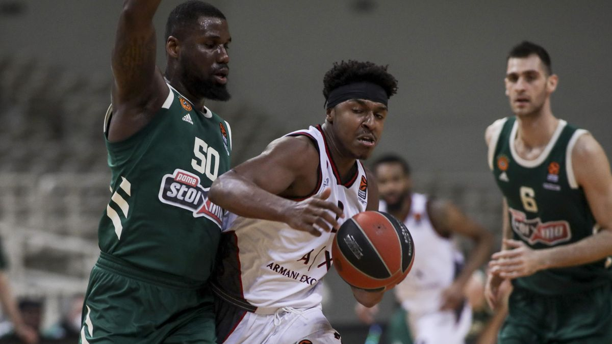 Ben Bentil, #50 of Panathinaikos Opap Athens competes with Zach Leday, #02 of AX Armani Exchange Milan during the 2020/2021 Turkish Airlines EuroLeague Regular Season Round 33 match between Panathinaikos Opap Athens and AX Armani Exchange Milan