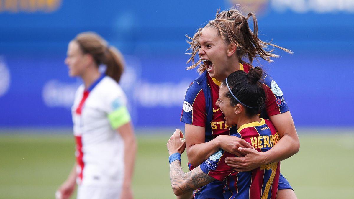 Lieke Martens après son but lors du match opposant le FC Barcelone au Paris Saint-Germain, le 2 mai 2021, en demi-finale retour de Ligue des champions