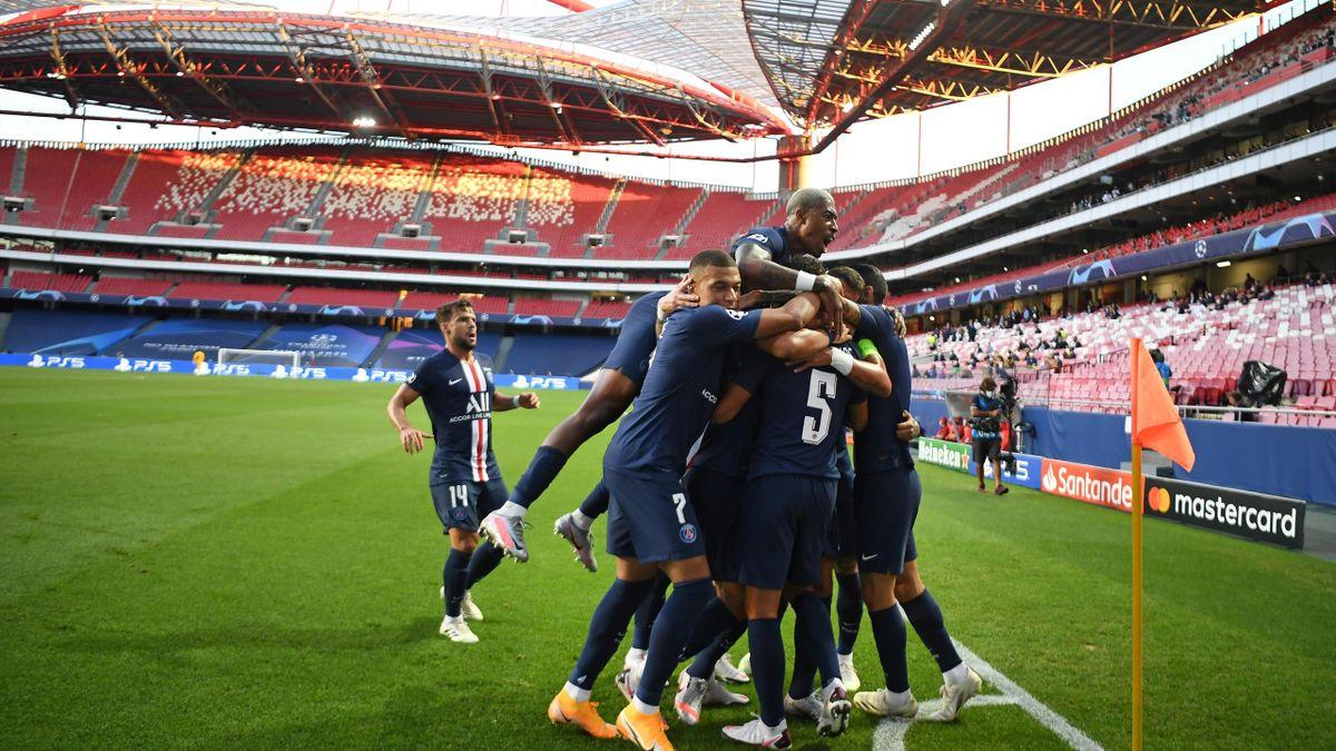 La joie des Parisiens après l'ouverture du score de Marquinhos
