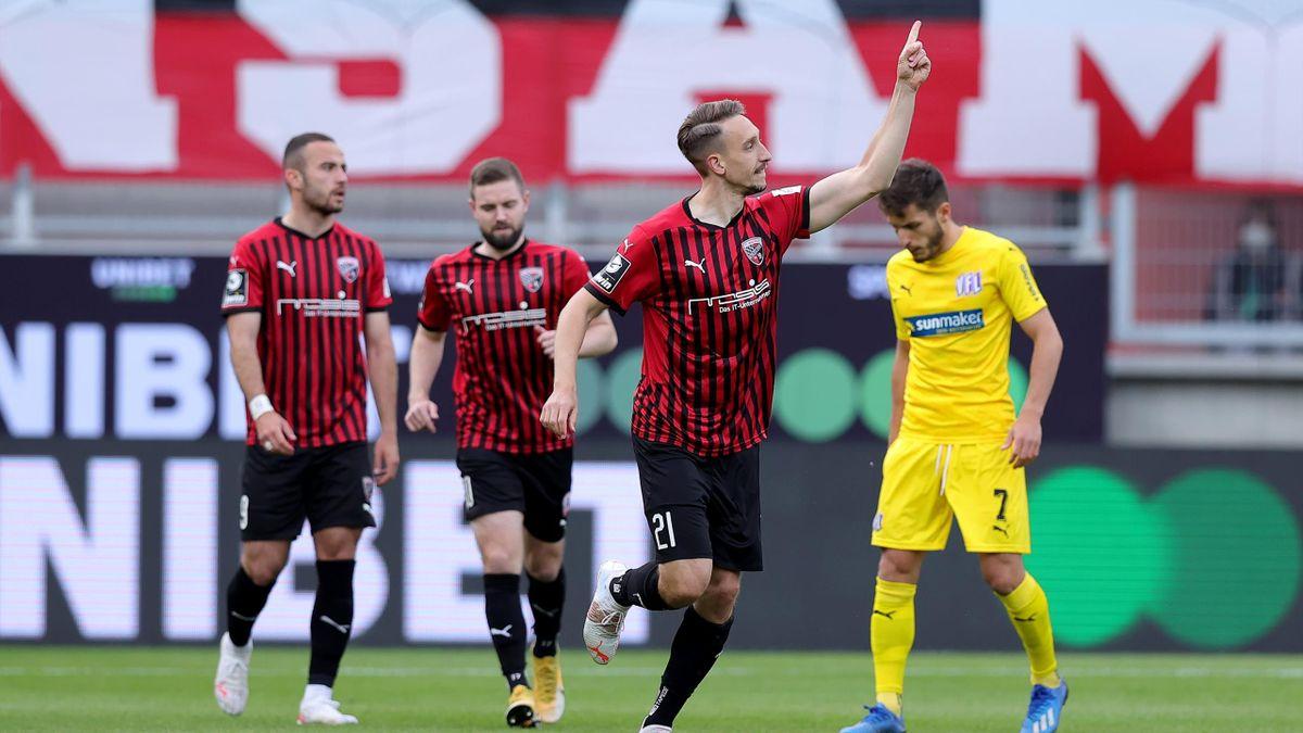 Tobias Schröck jubelt - FC Ingolstadt 04 vs. VfL Osnabrück