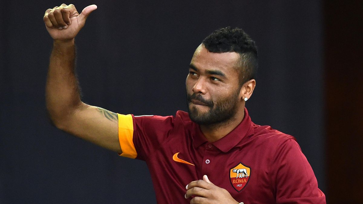 Roma defender Ashley Cole (AFP)