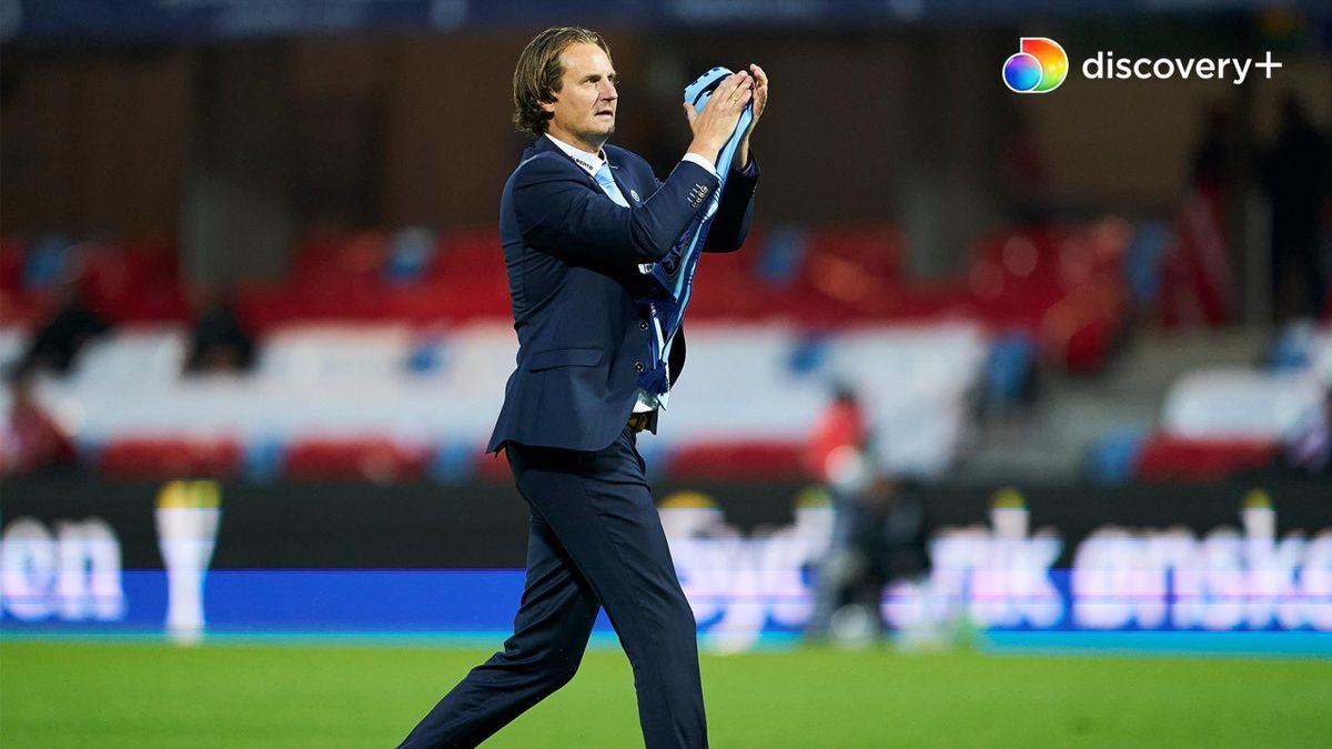 Årsagen skyldes private og personlige forhold hos Hans Jørgen Haysen og har intet med AGF at gøre, skriver klubben i en pressemeddelelse.