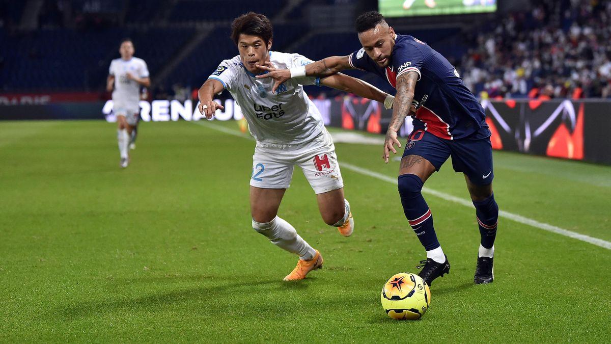 Neymar et Hiroki Sakai lors de PSG-OM le 13 septembre 2020.