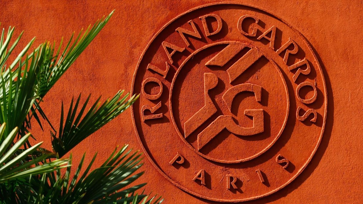 The Roland Garros logo is seen outside the VIP village on day nine of the 2015 French Open at Roland Garros on June 1, 2015 in Paris, France.
