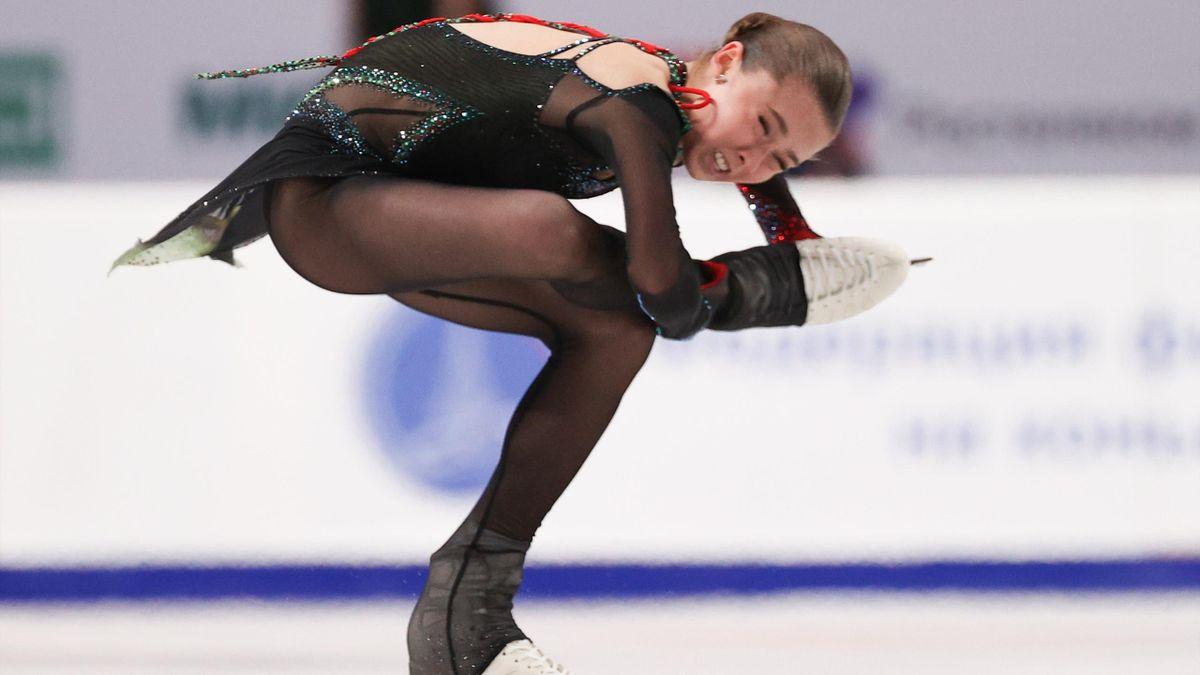 Камила Валиева