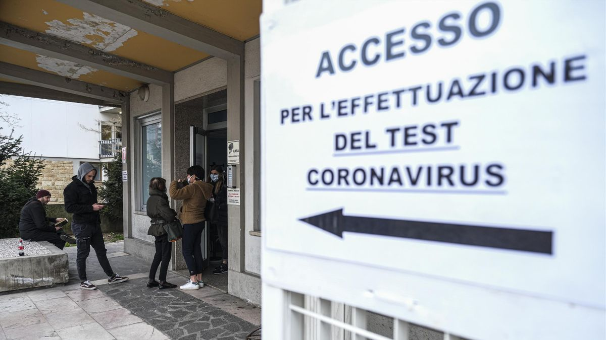 People await their turn to carry the coronavirus test in Padova, Italy, on February 24, 2020. More than 220 people were infected by Covid-19 in Italy, with 6 people deaths. Italy is at the third place in the world ranking as infected countries, after Chin