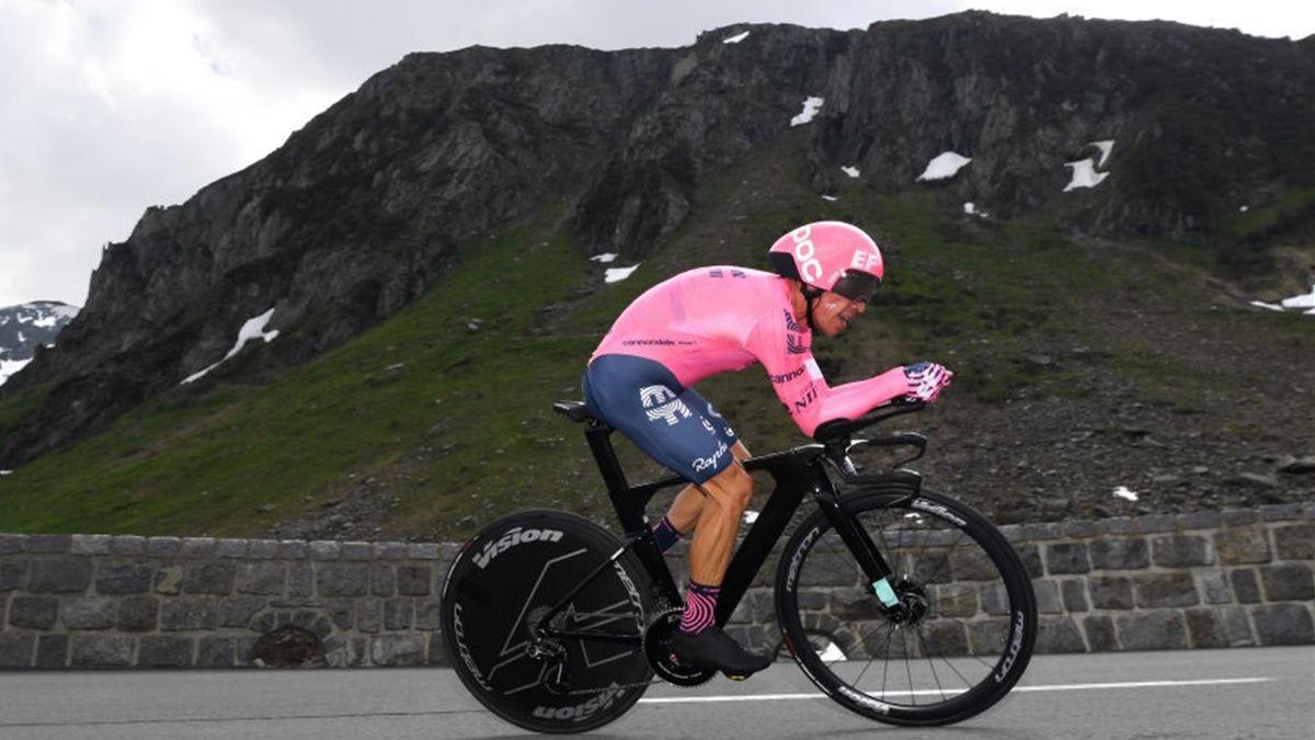 Rigoberto Uran durante la cronometro di Andermatt - Giro di Svizzera 2021
