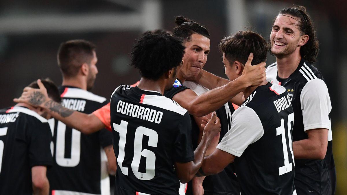 Juventus Turin jubelt über den Auswärtssieg bei CFC Genua