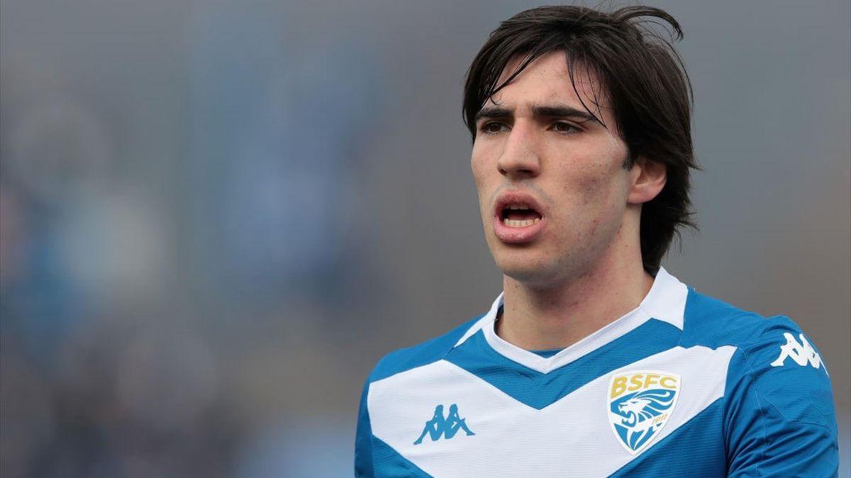 Sandro Tonali este cel mai vânat fotbalist din Serie A