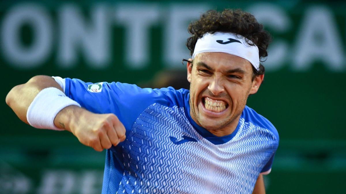 Marco Cecchinato esulta per il successo in rimonta contro Stan Wawrinka, Getty Images