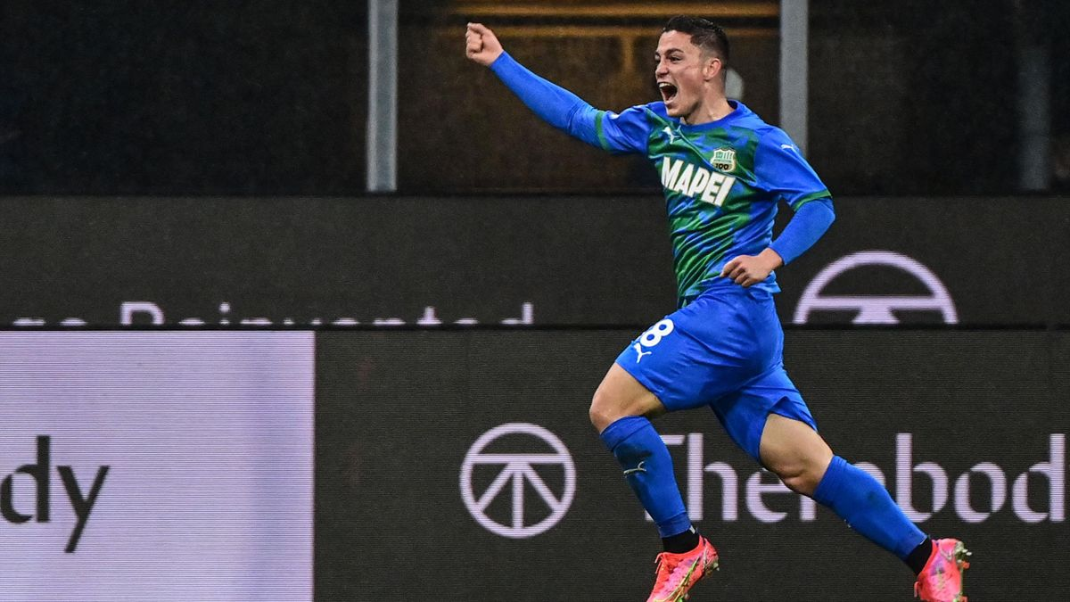 Giacomo Raspadori esulta per il gol al Milan, Milan-Sassuolo, Getty Images