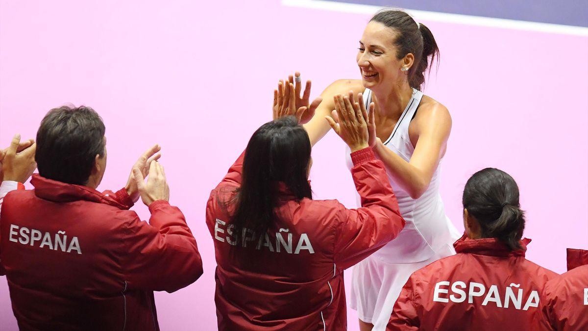 Georgina García celebra la victoria del equipo español de Copa Federación