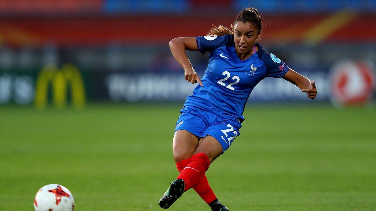 Karchaoui im Trikot der französischen Nationalmannschaft