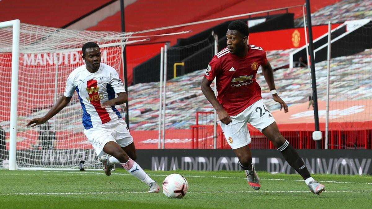 Timothy Fosu-Mensah (rechts) soll von Manchester United nach Leverkusen wechseln