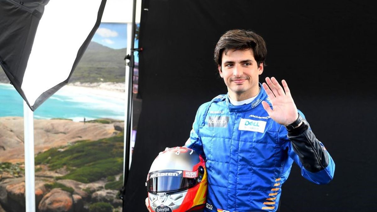 Carlos Sainz Jr. a semnat cu Ferrari