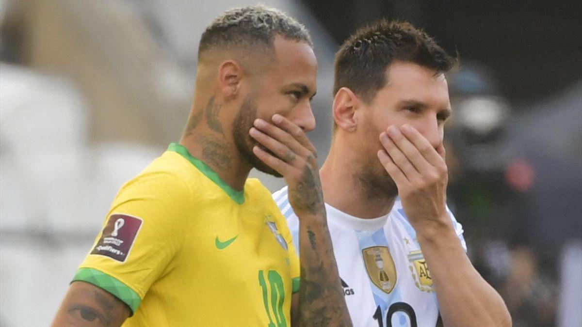 Neymar da Silva (Brasil) y Leo Messi (Argentina)