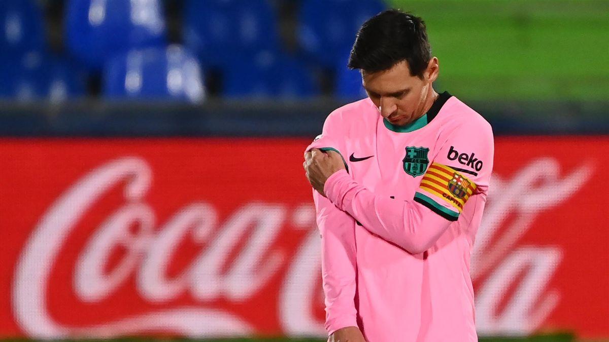 Lionel Messi is dejected v Getafe