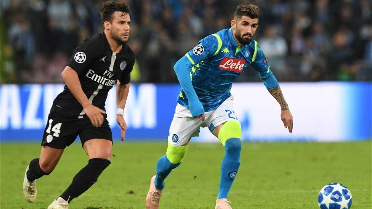 Hysaj a duello con Bernat in Napoli-PSG - Champions League 2018/2019 - Getty Images