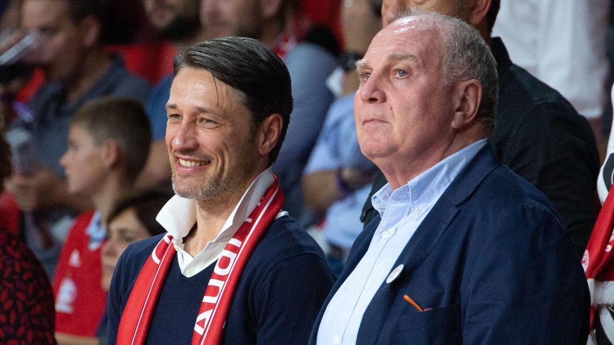 Niko Kovac (l.) und Uli Hoeneß vom FC Bayern München