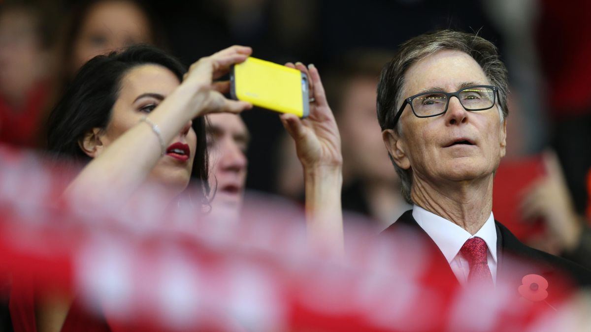 Liverpool owner John W Henry and his wife Linda Pizzuti