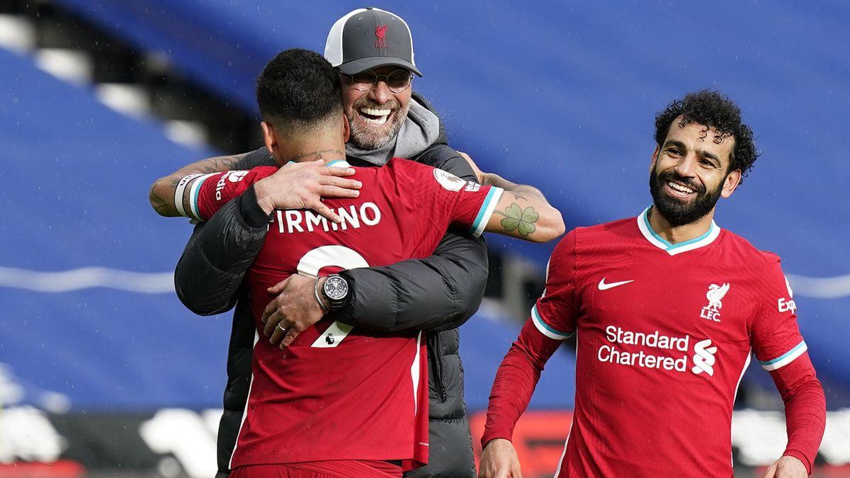 FC Liverpool: Klopp mit seinen Profis Firmino und Salah