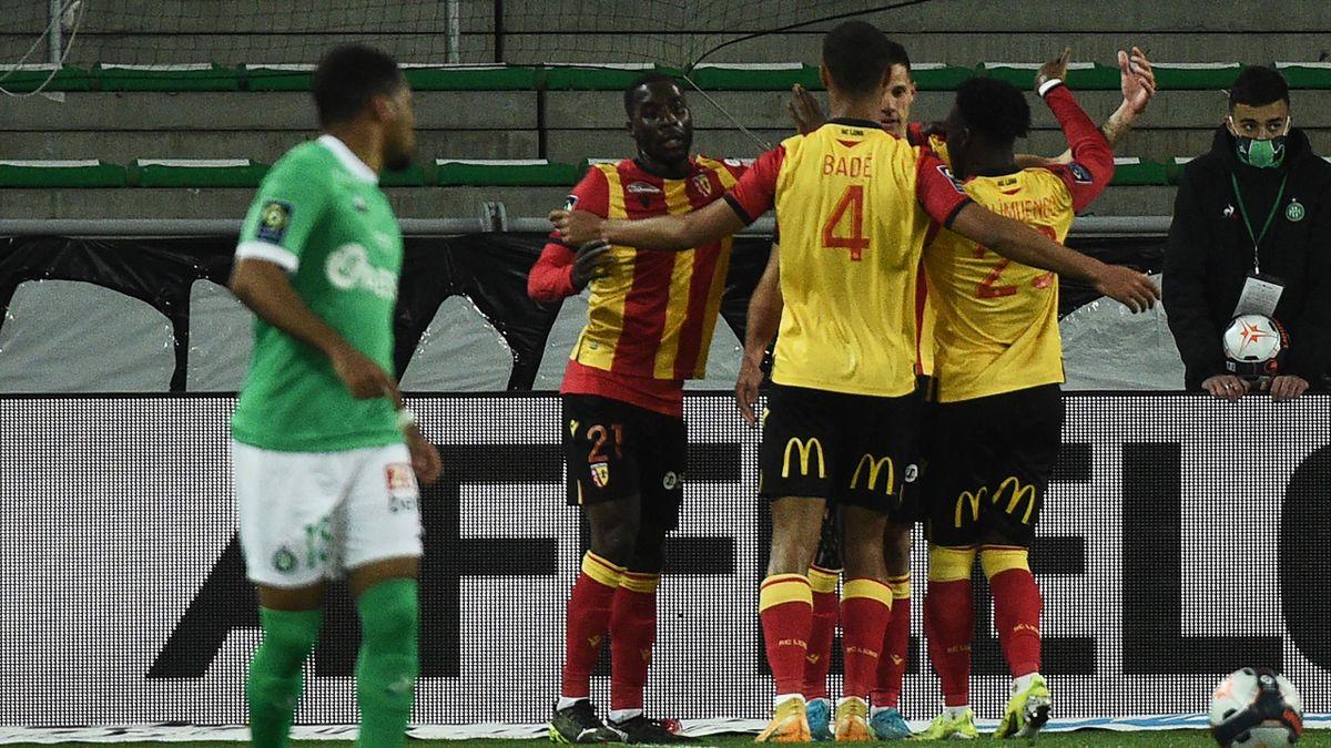 La joie des joueurs de Lens face à Saint-Etienne