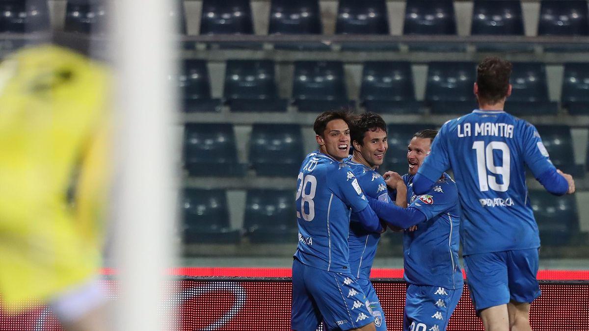 Empoli-Pordenone, Serie B 2020-2021: l'esultanza dell'Empoli dopo l'autorete all'88' del terzino del Pordenone Adam Chrzanowski (Getty Images)
