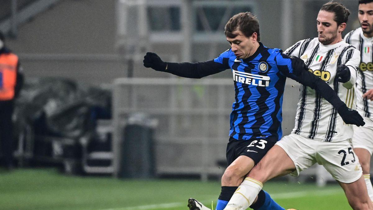 Niccolò Barella sfugge via ad Adrien Rabiot, Inter-Juventus, Getty Images