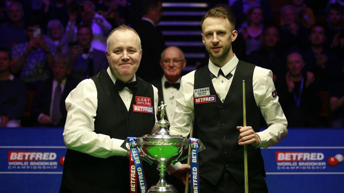 Bestritten mit dem Finale 2019 das bislang letzte WM-Match im Crucible Theatre: Weltmeister Judd Trump (rechts) und Vizeweltmeister John Higgins