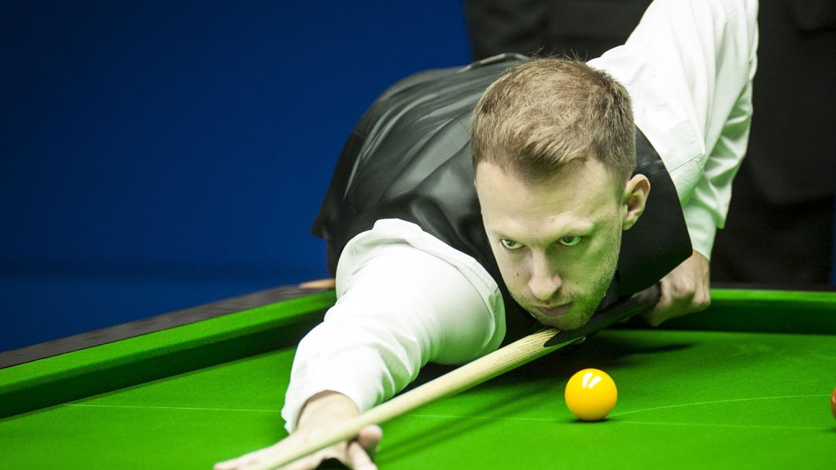 Judd Trump FORGETS he is on a 16-red clearance