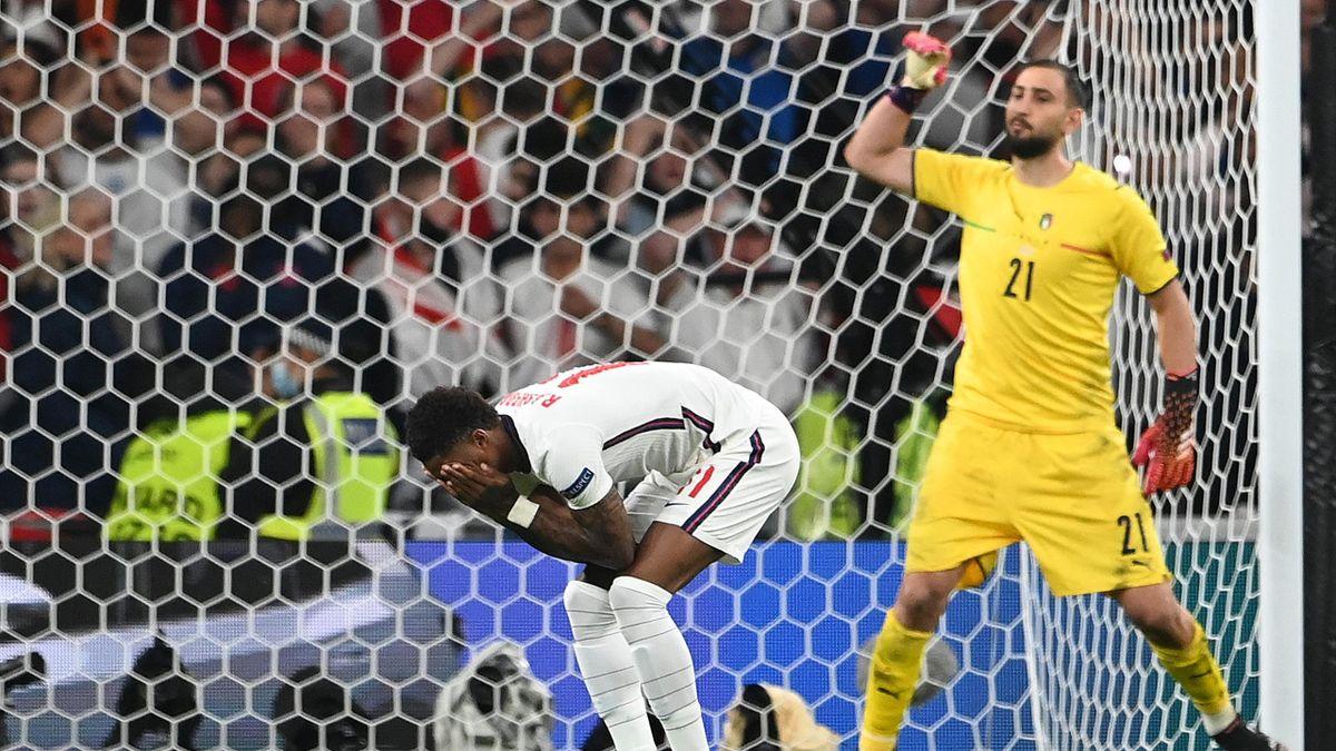 Marcus Rashford a fost printre jucătorii englezi care au ratat penalty în finala EURO 2020 contra Italiei