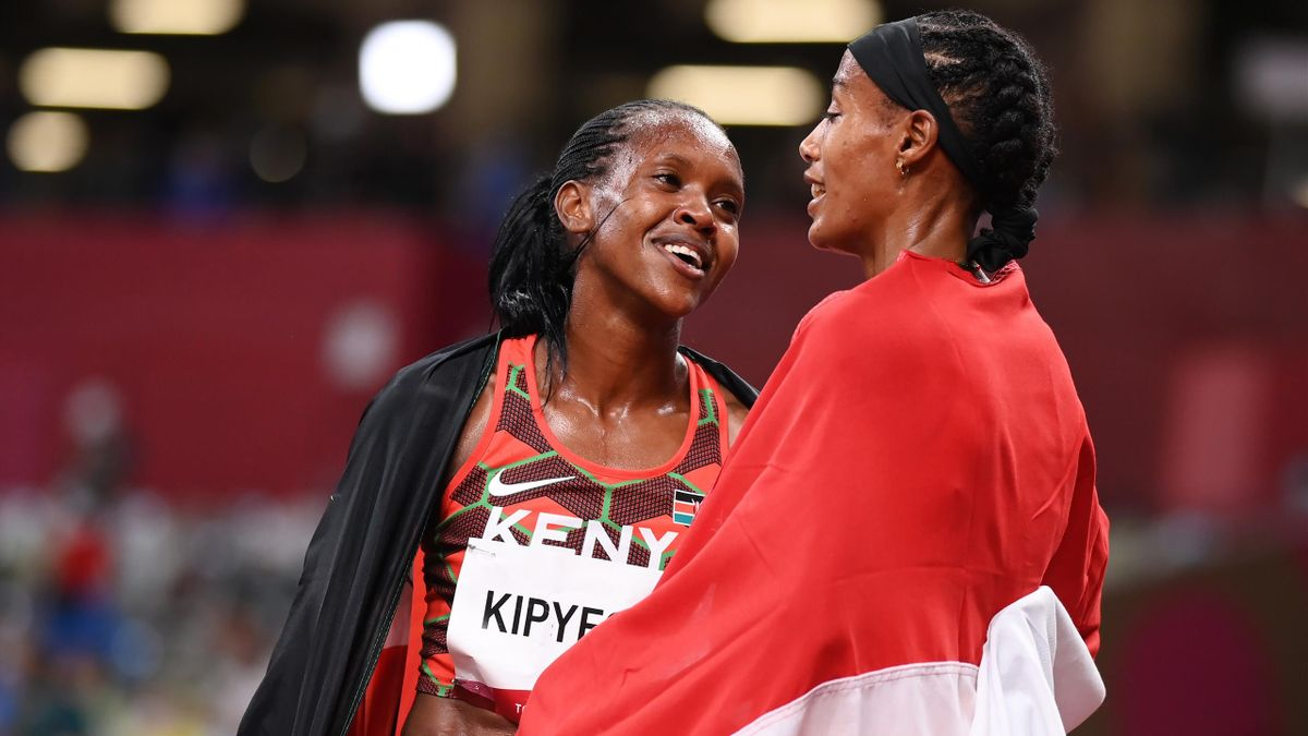 Faith Kipyegon (l.) and Sifan Hassan (r.)