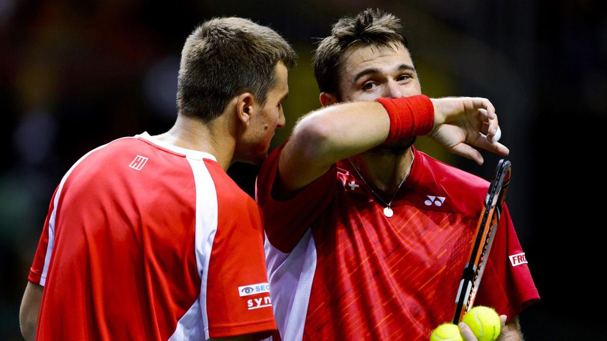 Stan Wawrinka et Marco Chiudinelli (Suisse) en double face à l'Italie en demi-finale de Coupe Davis 2014, à Genève