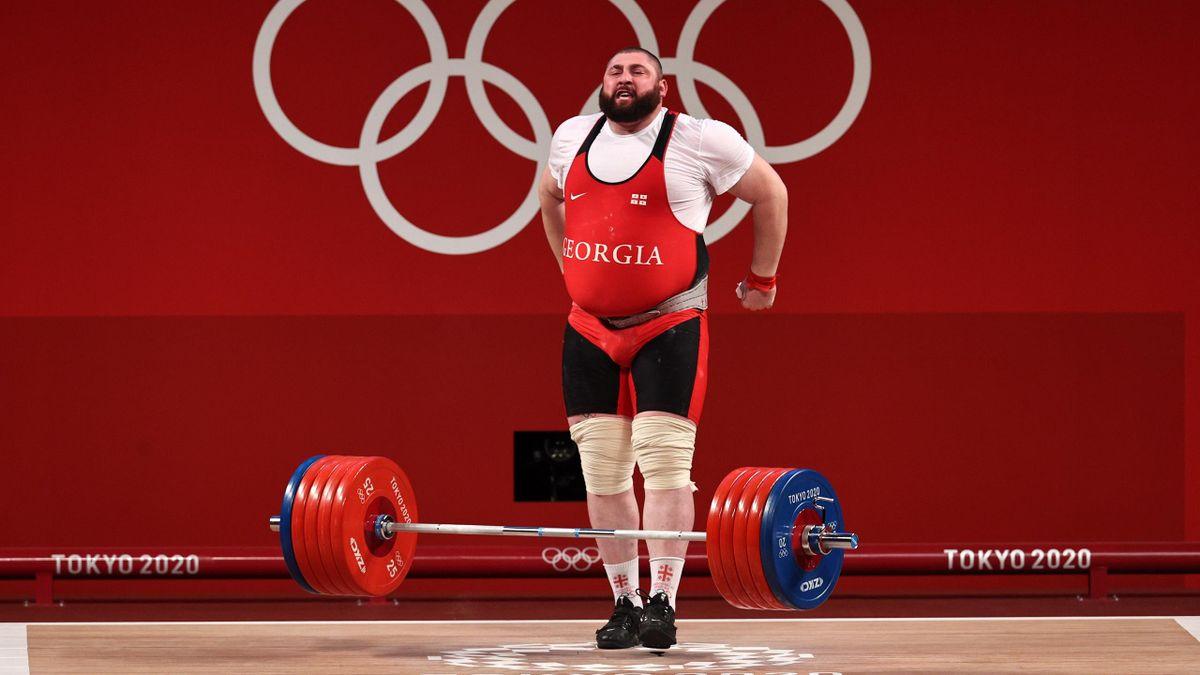 Lasha Talakhadze sichert sich die Goldmedaille.